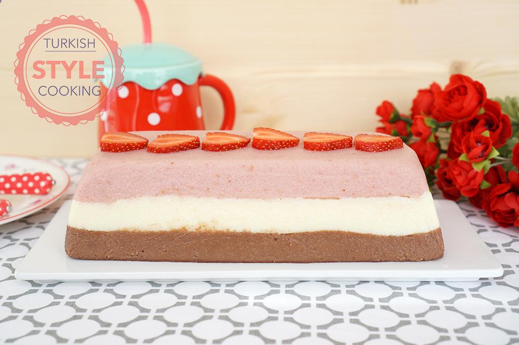 Strawberry Semolina Custard Recipe