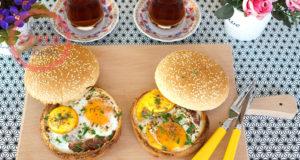Sausage Omelette Inside A Hamburger Bread Recipe