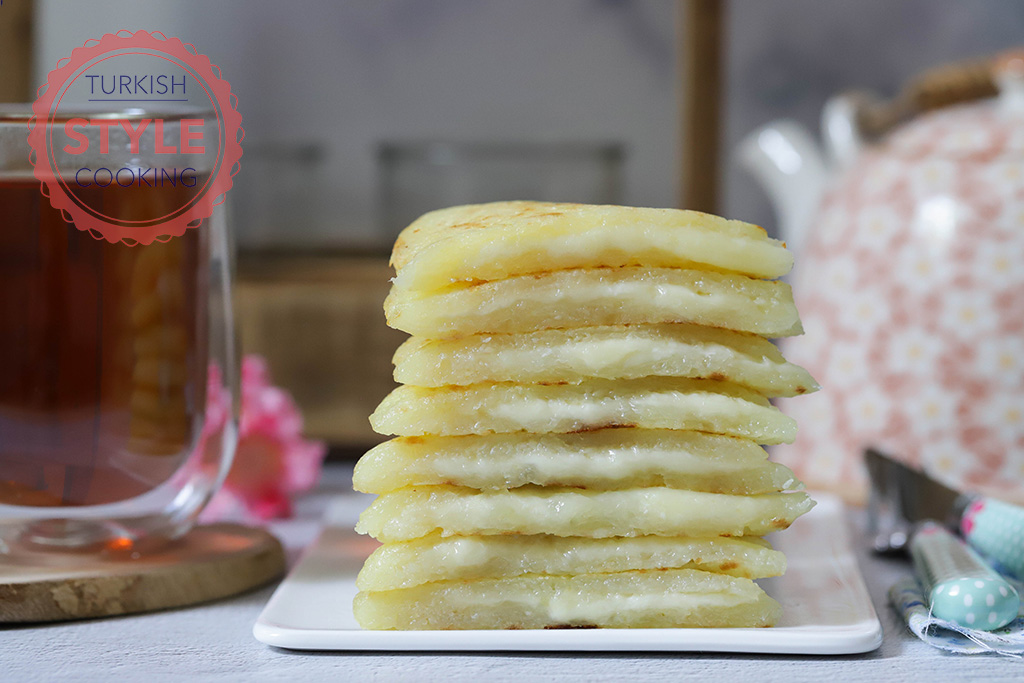 Potato Omelette Recipe With Cheese Filling