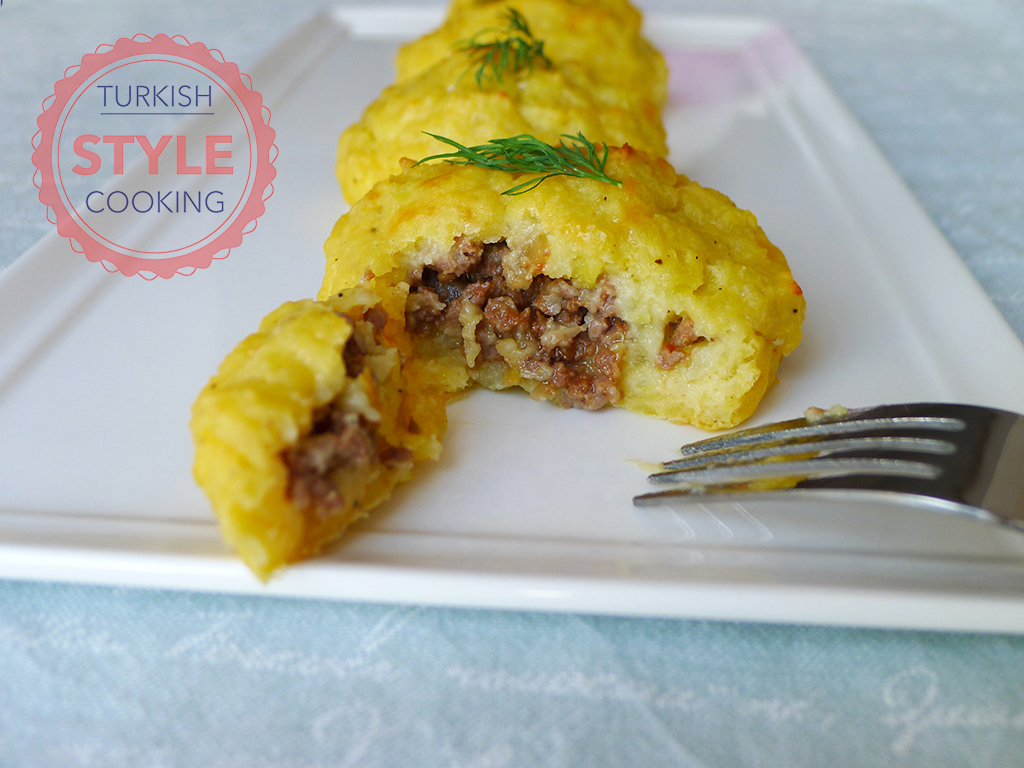 Baked Potato Dolma Filled With Minced Meat