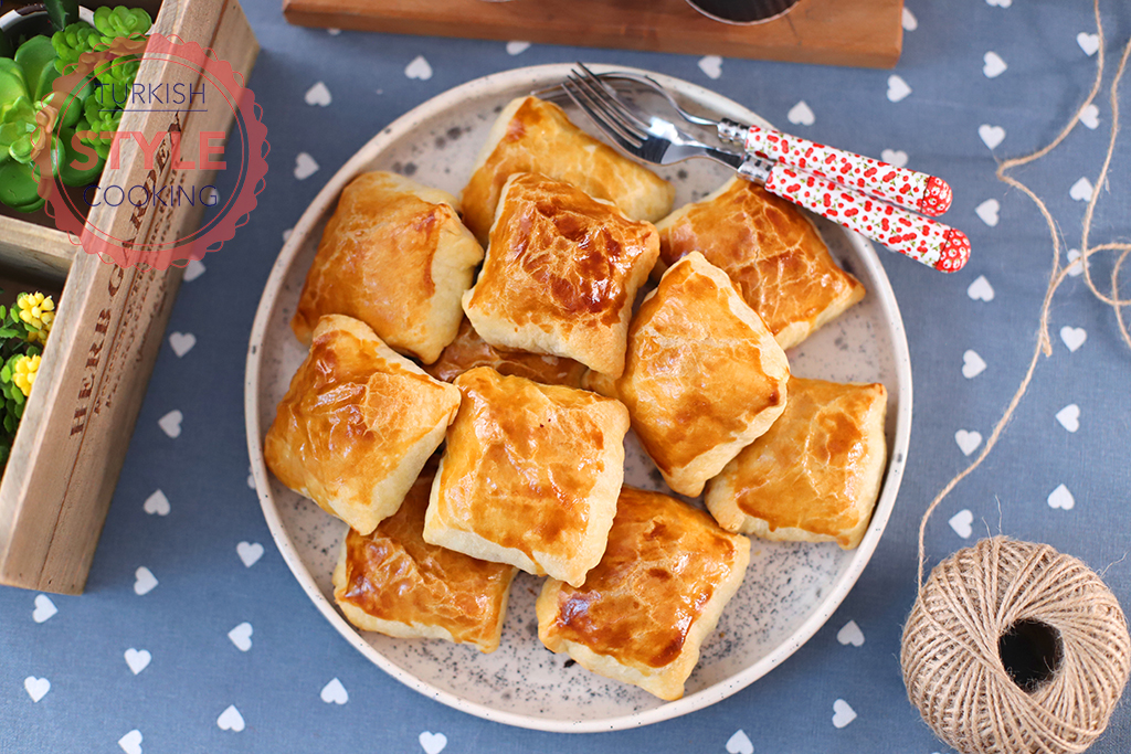 Puff Borek With Minced Meat Recipe