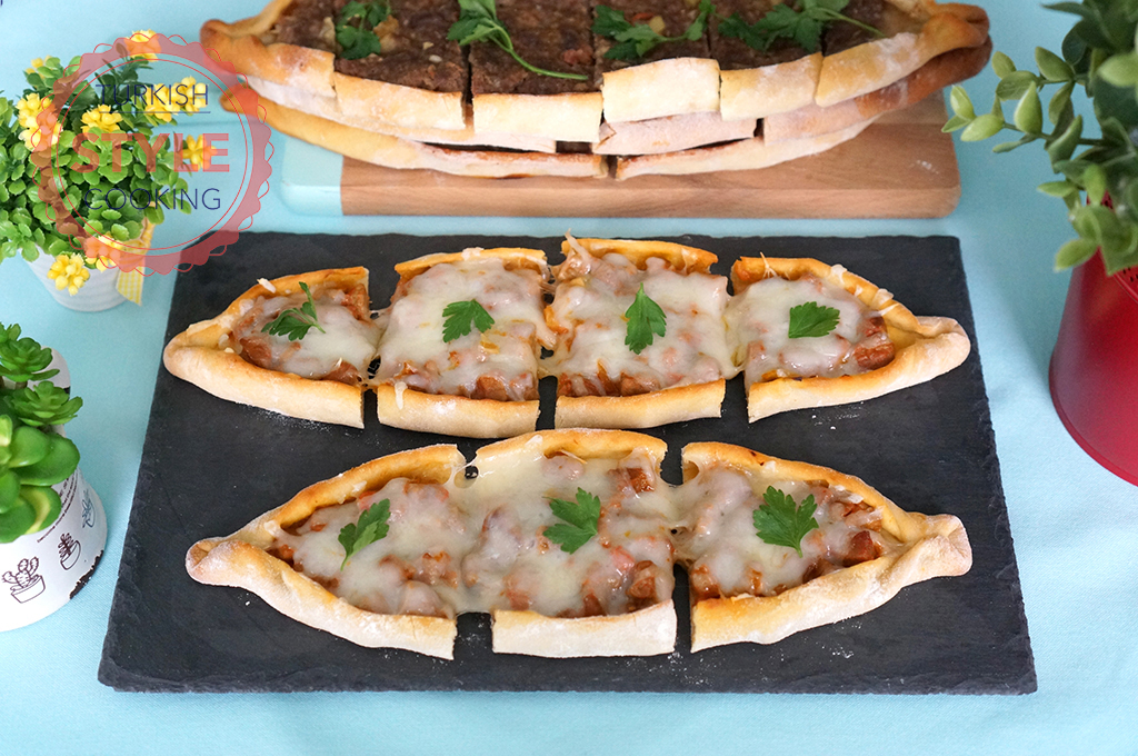 Turkish Flat Bread With Beef and Mozzarella