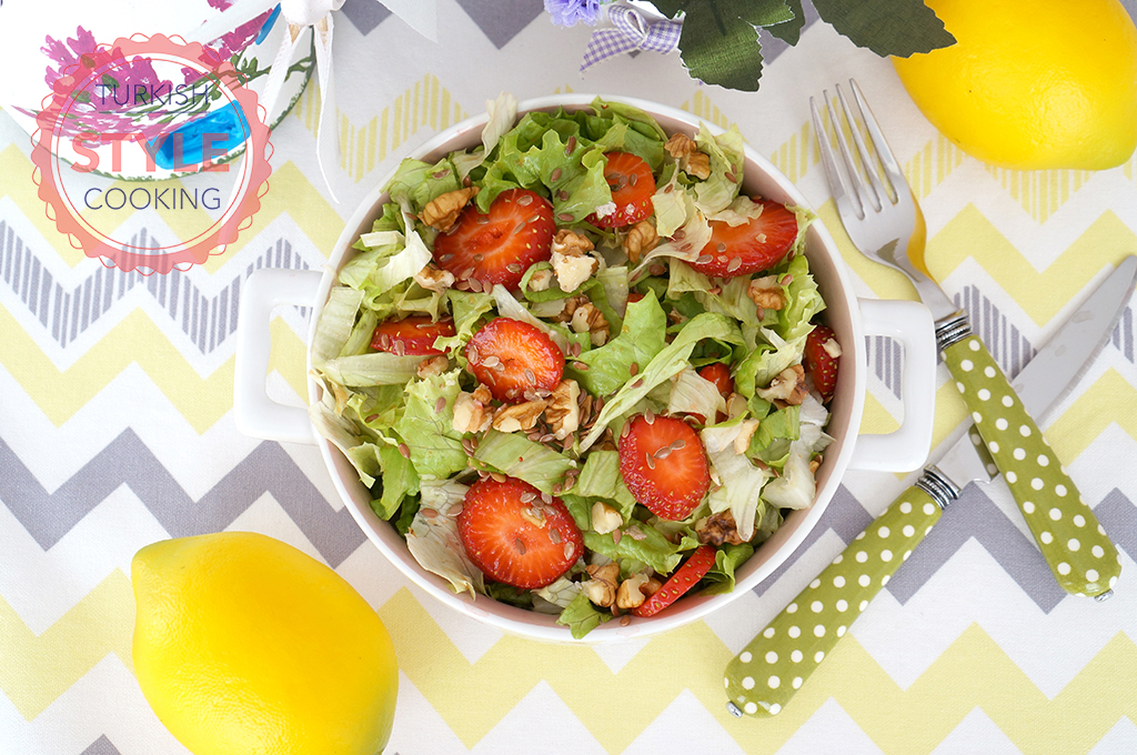 Strawberry Lettuce Salad Recipe