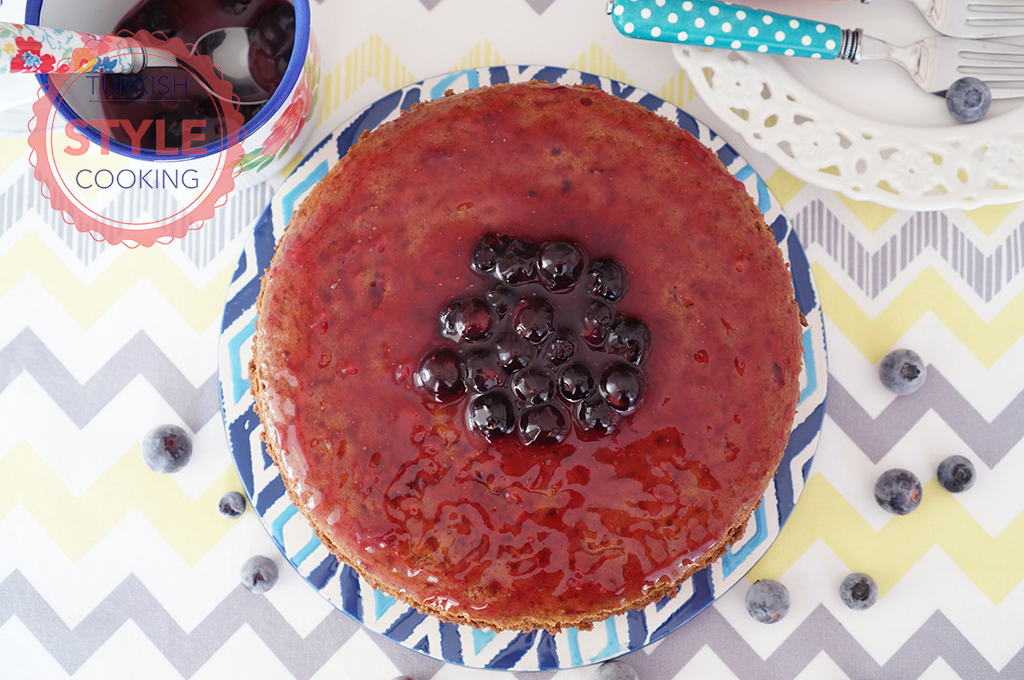 3 Ingredient Cheesecake With Blueberry Sauce