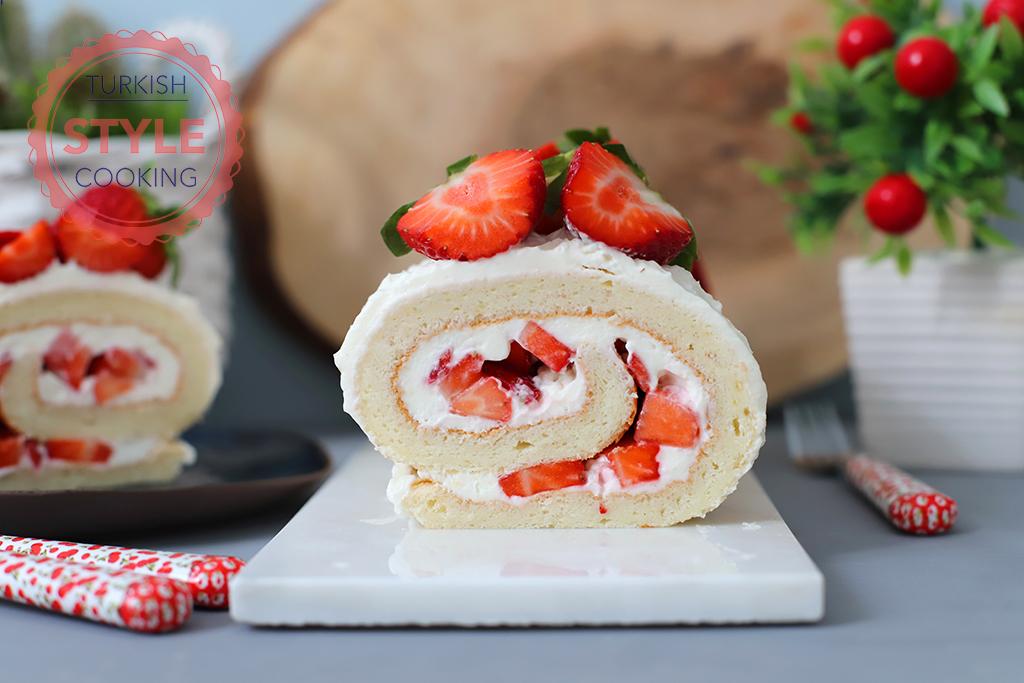 Strawberry Roll Cake Recipe