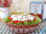Lettuce Salad With Feta Cheese