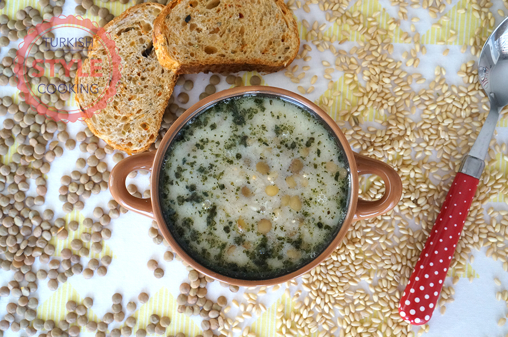 Wheat and Green Lentil Soup Recipe