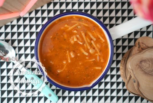 Red Lentil Soup with Eriste (Turkish Noodles)