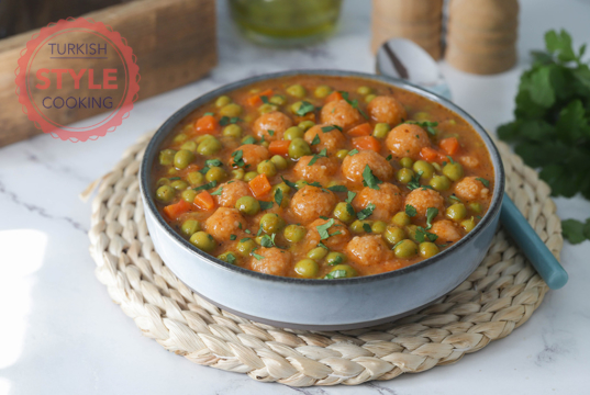 Pea Stew With Bulgur Koftes