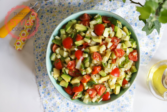 Çoban Salata With Avocados