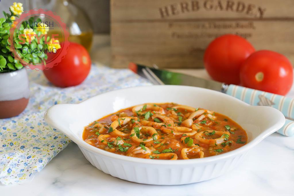 Calamari With Tomato Sauce Recipe