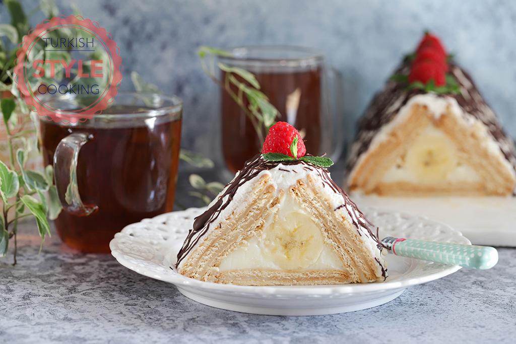 No Bake Biscuit and Banana Pyramid Cake Recipe
